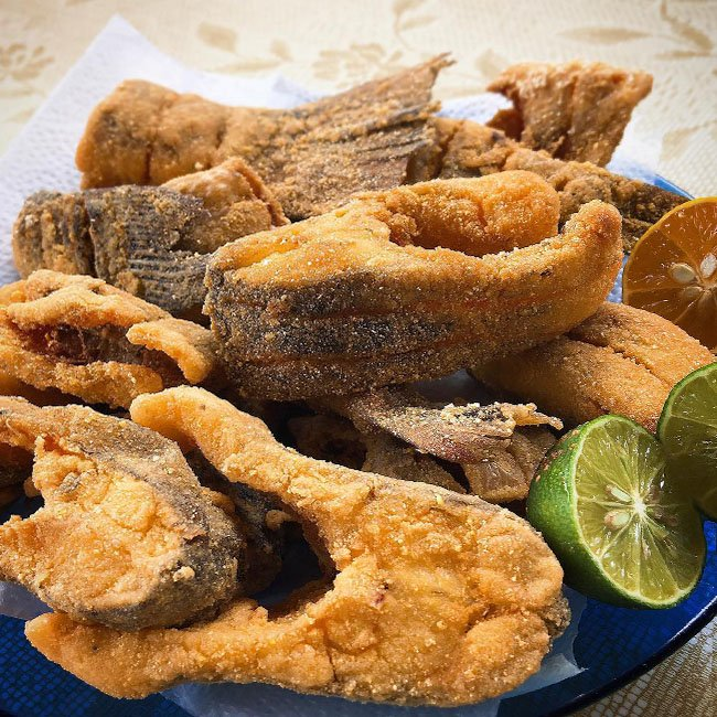 Freshwater fish are part of the typical cuisine of Pará's life.