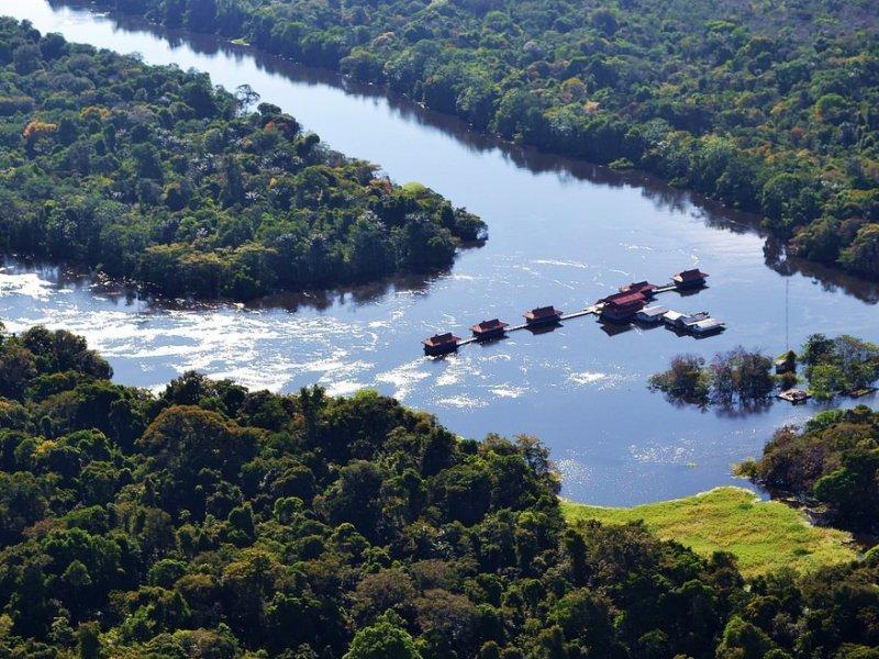 A Reserva de Desenvolvimento Sustentável do Piranha está localizada no município de Manacapuru e foi a segunda RDS a ser formada no Brasil, no ano de 1997. Tem o intuito de gerar rendas economicamente viáveis as populações ribeirinhas que vivem na região, desenvolvendo planos sustentáveis.