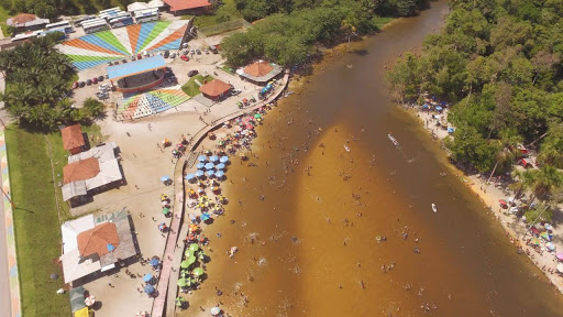 Rio Preto da Eva is a municipality in the Amazon that is located a few minutes from the city of Manaus. It is a great destination to enjoy the weekend. In all there are 47 waterfalls, caves, rapids and caves that add to the countless seaside resorts of the city.